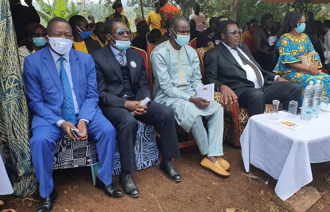 Accident de Fongo-Tongo aux conséquences humaines désastreuses du 11 Avril dernier : du réconfort moral au réconfort financier du Maire Paul DONGUE