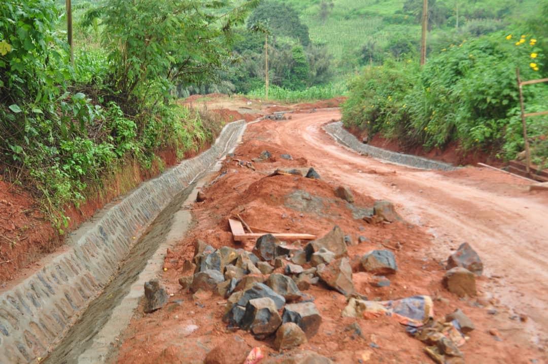 Croisade contre le mauvais état de route sur l'axe Dschang Fongo-Tongo : les fins limiers de la route opposent une fin de non recevoir aux zones critiques