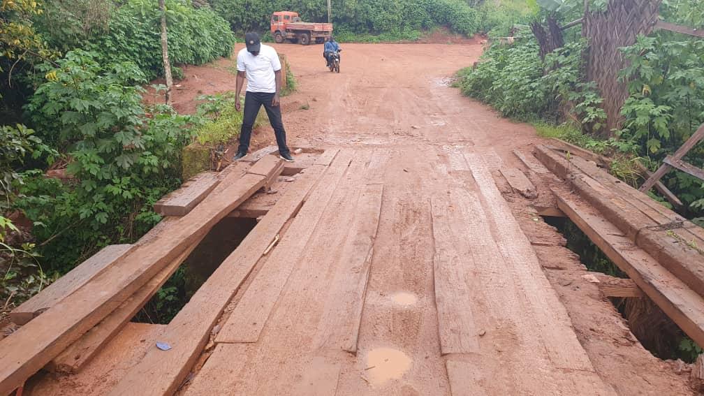 Dégradation avancée du pont Lingang sur le tronçon routier Dschang Fongo-Tongo : Paul DONGUE prend le taureau par les cornes