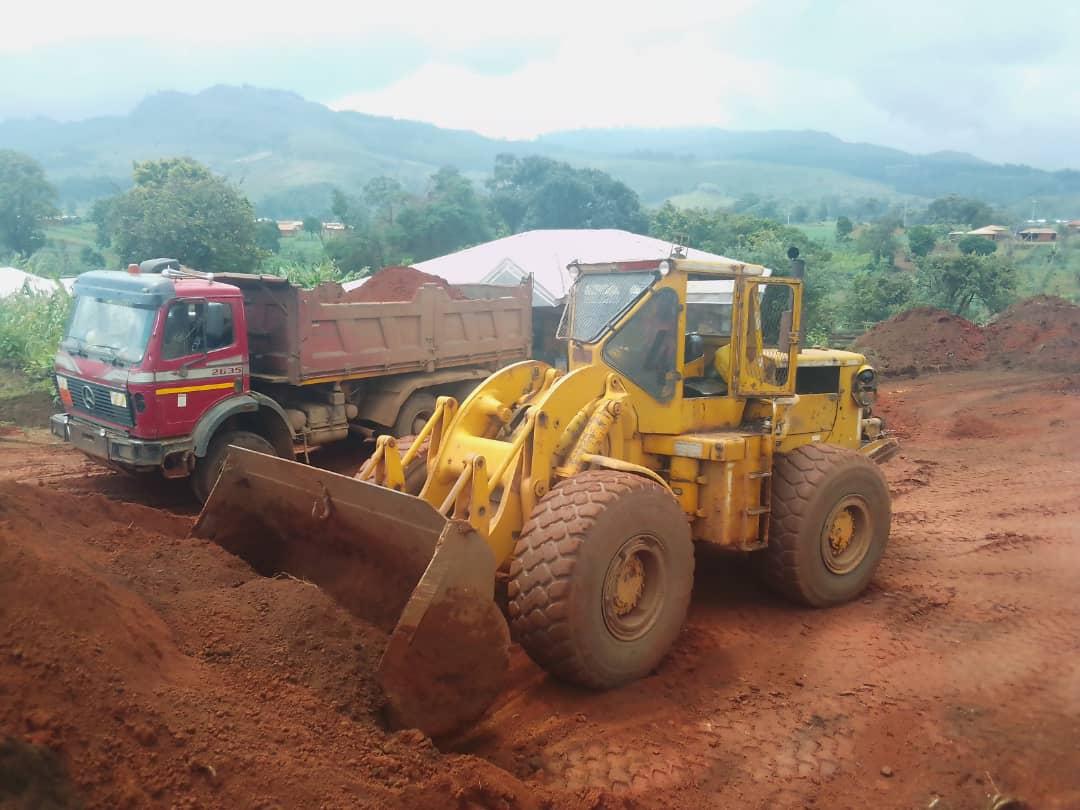 Implémentation des actions sur le terrain : les engins infatigables au commandement à Fongo-Tongo