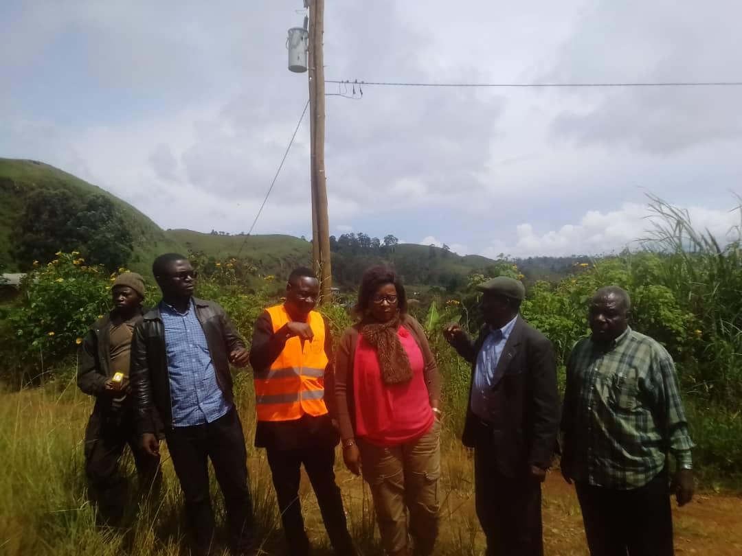 Électrification de Fongo-Tongo : l'initiative entamée se poursuit